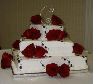 square wedding cake with red roses square wedding cake 20439