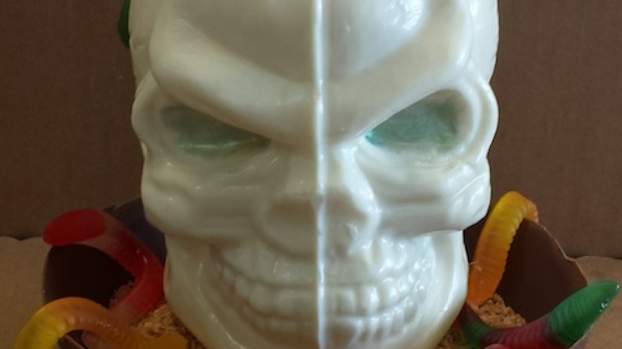 Product Spotlight: 3-D Halloween Skull Chocolate Mold
